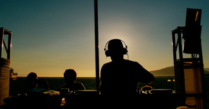 10 cosas que NO te hacen mejor DJ