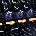 CÚAL ES EL MEJOR CONTROLADOR DJ DEL 2014?