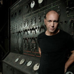 VIDEO – MARCO CAROLA TOCA 24 HORAS EN SUNWAVES 2015