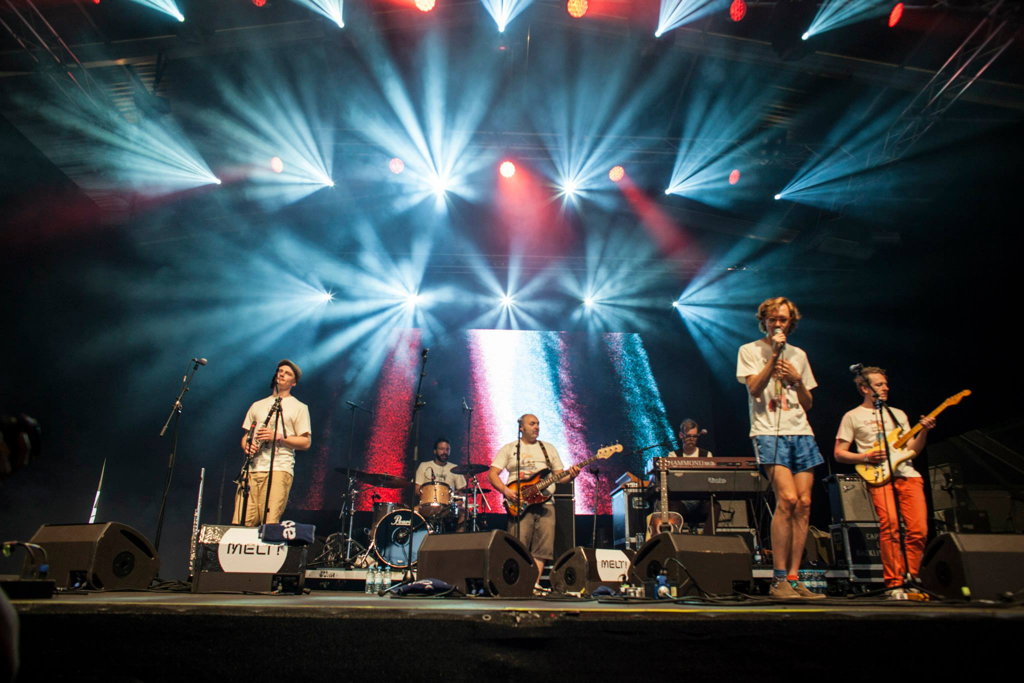 Erlend Oye and The Rainbows