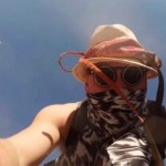 VIDEO – GO-PRO CAE DE UN DRONE EN MEDIO DEL «BURNING MAN»
