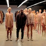 "VIDEO – KANYE WEST SAMPLEA DOS CLÁSICOS DEL HOUSE PARA SU ÚLTIMO SINGLE ""FADE"""