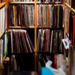 EL DJ DEL CLUB «THE HAÇIENDA» PONE EN VENTA SU COLECCIÓN VINYL