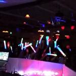 UN CHICO AMENAZA A DJ POR NO PONER EL TEMA QUE PIDIÓ