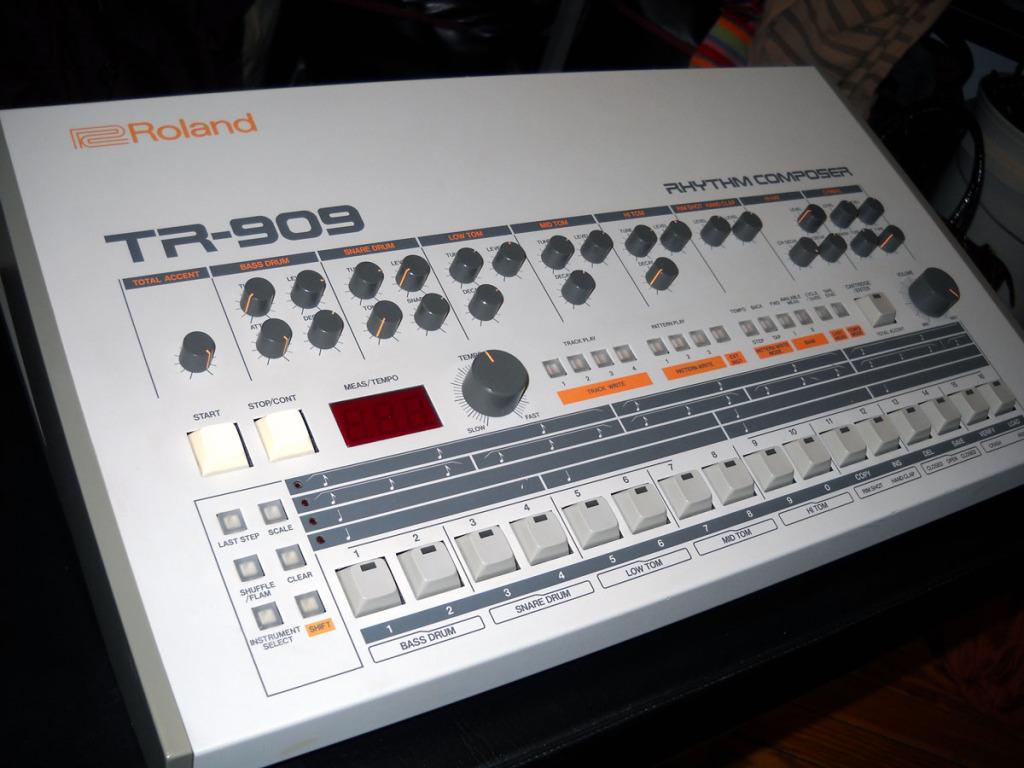 roland-tr-9091