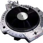 VIDEO – RETROSPECTIVA: TOCADISCOS «VESTAX QFO»
