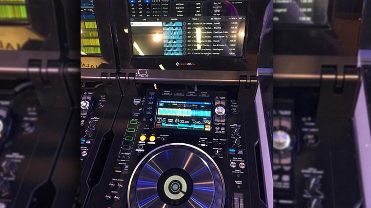 FOTOS – PIONEER DJ REVELÓ PROTOTIPOS DE CDJ Y MIXER EN EL NAMM 2016
