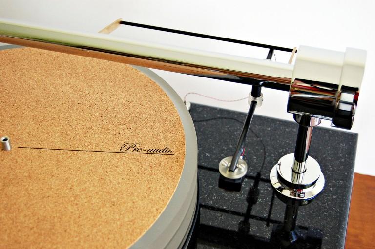 Gramofon_Turntable_GL-1102N_5-768x511