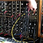 VIDEO – CORSYNTH C-107: MÓDULO CON VCA CUÁDRUPLE