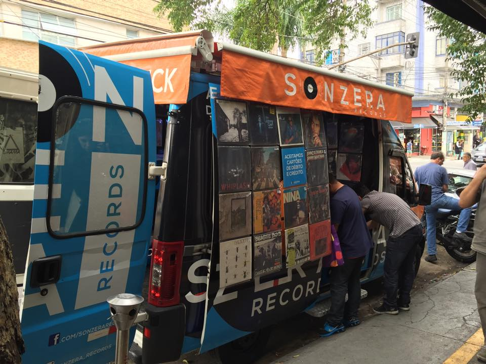 sonzera-records-vinyl-truck-5