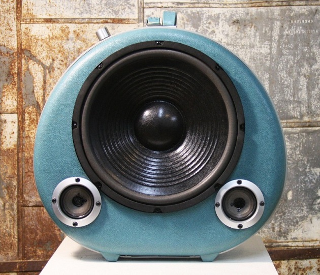 Case-Of-Bass-Vintage-Suitcase-Boombox-04