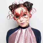 VIDEO – BJÖRK LANZA TEASER DE SU TEMA «FAMILY» EN REALIDAD VIRTUAL