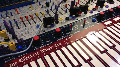 VIDEO – DESCARGA GRATIS: «SAMPLE PACK BUCHLA MUSIC EASEL»