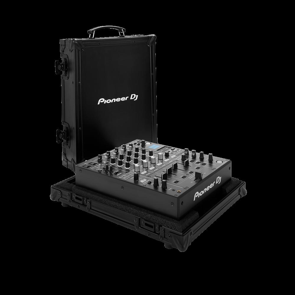 flt-djm-900nxs2-angle-with-case