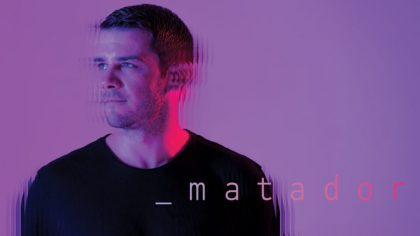 PLAYING DIFFERENTLY: MATADOR – LIVE ACT 100% EN VIVO