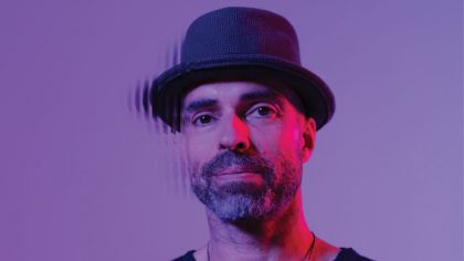 PLAYING DIFFERENTLY: CHRIS LIEBING – CAPAS DE LOOPS SIN FIN