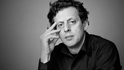PHILIP GLASS PRESENTE EN EL LOOP BOX BUDDHA MACHINE