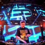 VIDEO – FLUX PAVILION «AROUND THE WORLD IN 80 RAVES» TOUR