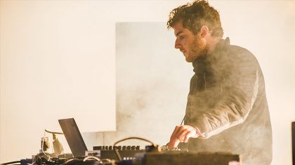 "VIDEO – NICOLAS JAAR PUBLICARÁ SU LIBRO ""NETWORK"""