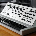 VIDEO – EL «20 SYNTHESIZER» ES DE EDICIÓN LIMITADA Y YA ESTÁ DISPONIBLE