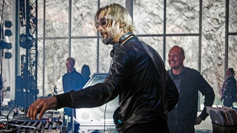 AUDIO – RICARDO VILLALOBOS NUEVO REMIX «SECRET GARDEN»
