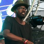 BEATS 1 MUESTRA LA VIDA Y CARRERA DE BLACK COFFEE