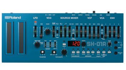 Video: Roland SH-101 versus Roland SH-01a