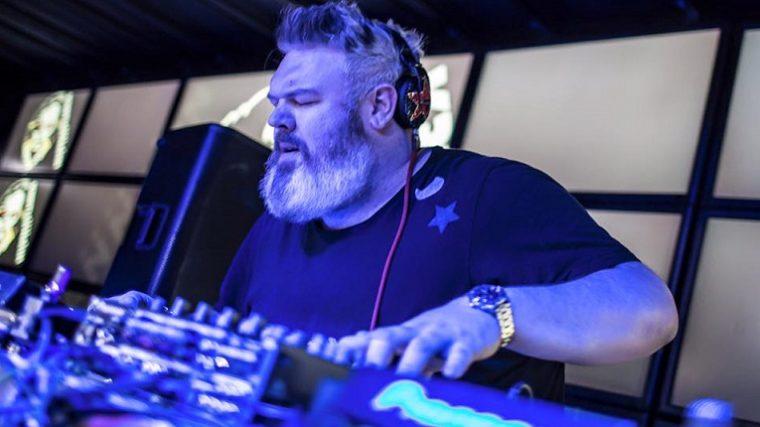 Kristian Nairn aka Hodor toca por primera vez en Ibiza