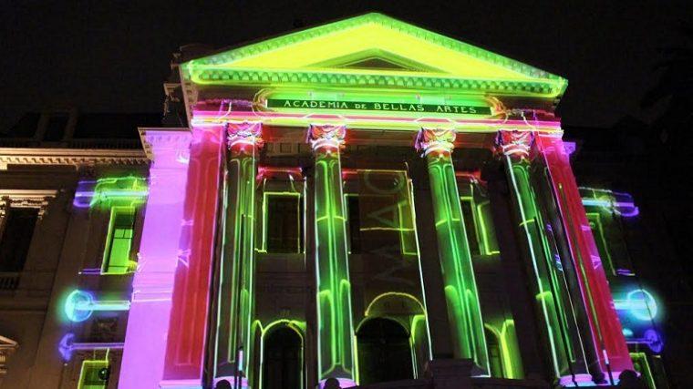 La ciudad se ilumina con el Küzefest 2017: el primer festival de luz de Santiago