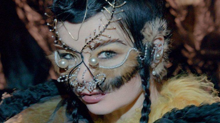 Björk describe seis supuestos incidentes de acoso sexual tras la respuesta de Lars Von Trier