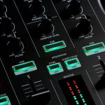 Roland anuncia el pack DJ-202