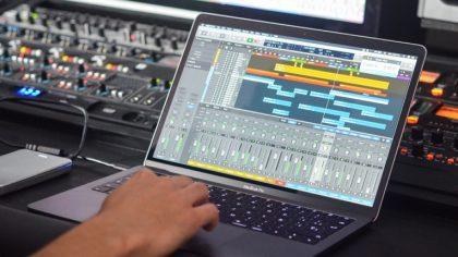 AudioSwift convierte tu Trackpad en un controlador MIDI DAW
