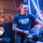 Video – Escucha el techno set de Testpilot aka Deadmau5 en Holy Ship