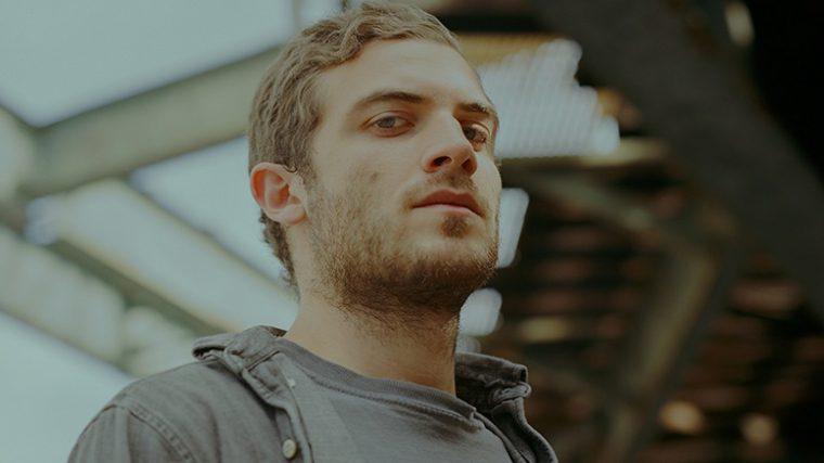 Nicolas Jaar saca disco con el alias desconocido A.A.L.