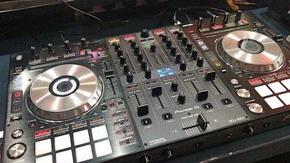 Nuevo controlador Pioneer DJ DDJ-SX3 con doble puerto USB