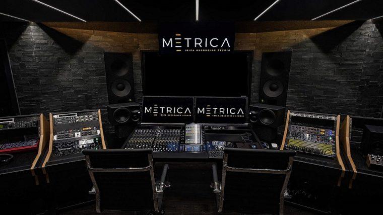 Conoce paso por paso la construcción de un impresionante estudio en Ibiza