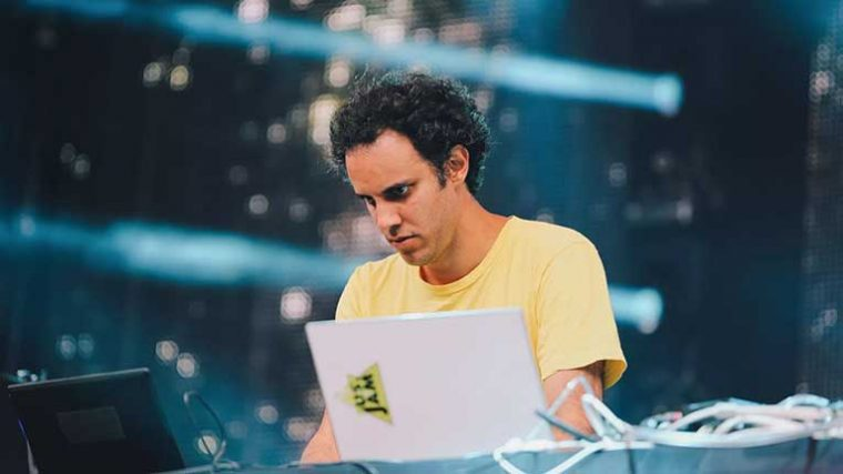 FOUR TET LANZA SU PRIMER VIDEO EN 14 AÑOS