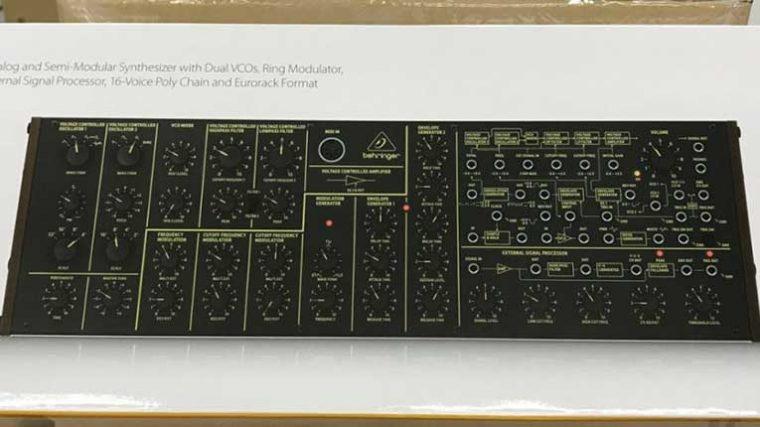 El clon del sintetizador KORG MS-20 de Behringer ya está disponible