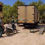 Rave ilegal en Ibiza termina en un enfrentamiento con la policía