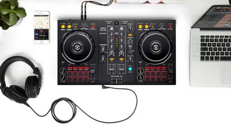 Esenciales de Pioneer DJ para estas navidades