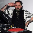 AUDIO: Comparten colección de más de 100 mixes de Andrew Weatherall