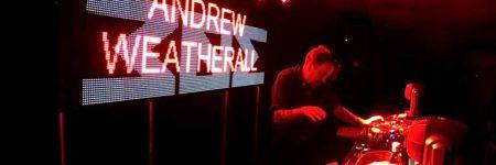 Andrew Weatherall será homenajeado en la conferencia 'Inner City Electronic' del Leeds Festival