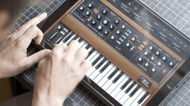 FREE DOWNLOAD: Moog y Korg lanzan Apps de sintetizadores para producir música durante la cuarentena