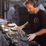 VIDEO: David Guetta recauda $ 700k durante la presentación «United At Home» en Miami