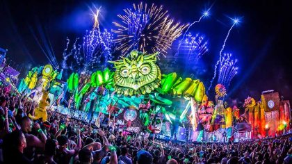 COVID-19: El festival Electric Daisy Carnival se ve obligado a suspender al 50% de su personal