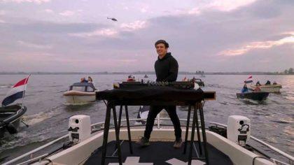 VIDEO: Martin Garrix ofreció un set especial desde un yate en aguas holandesas