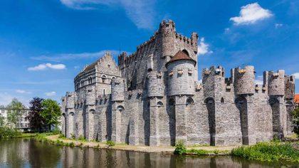 Charlotte De Witte transmitirá una nueva sesión New Form desde un castillo medieval en Bélgica