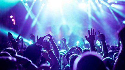 Científicos alemanes organizan un concierto para estudiar la propagación del COVID-19
