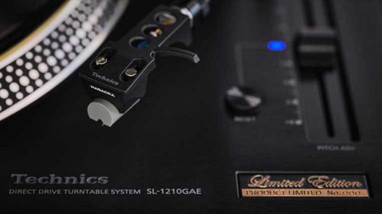 Technics vende sus platos SL-1210GAE de edición limitada en tiempo record y anuncia 210 unidades más
