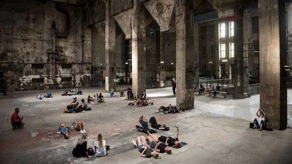 VIDEO – El templo del techno Berghain, abre sus puertas para una exhibición atípica